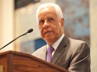 Governor Wilder Speaking